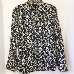 Foxcroft Animal Print Fitted Fit No Wrinkle 12